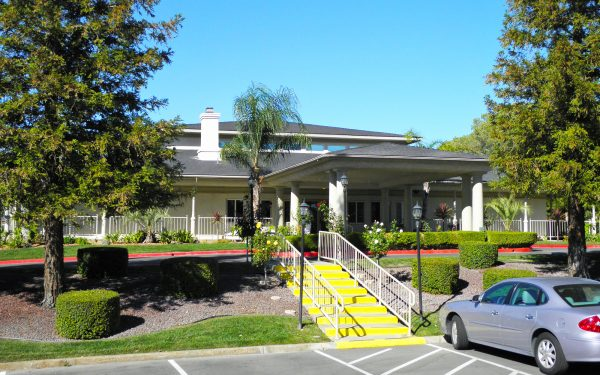 Plantation on the Lakes Clubhouse Calimesa Ca